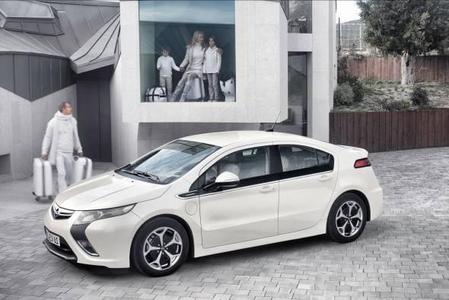 Die Elektrofahrzeuge von Opel (im Bild der Ampera) stehen in den kommenden der Ampera) stehen in den kommenden Mittelpunkt.