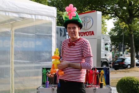 Seit jeher ein Event für die ganze Familie: die immobilienmesse osnabrück bietet jedes Jahr ein buntes Überraschungsprogramm für Kinder, Foto: Barlag