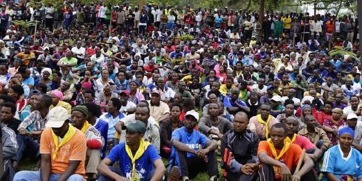 Adventisten in Ruanda erhalten Anweisungen vor Einsatz in gemeinnützigem Dienst © Foto: Rwanda Union Mission/Adventist Review