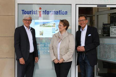Einweihung WEBtis Besucherinformationssystem an der Tourist Information  Karlsruhe