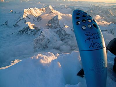 Die Fackel aus Turin auf dem MAkalu-Berg/ 8.450m