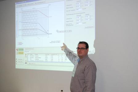 Moderne Computerprogramme helfen zwar bei der Berechnung, der Anwender sollte jedoch die bauphysikalischen Zusammenhänge kennen und das Ergebnis kritisch würdigen können