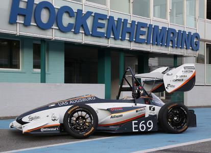"""Siegreicher Wagen: Der Elektrorenner des Teams Starkstrom heißt nach einer Figur aus der Augsburger Puppenkiste """"Cedur"""" © GM Company"""