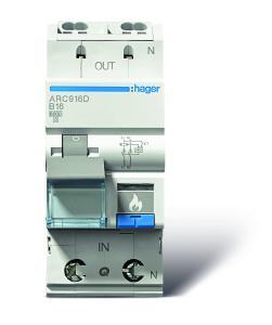 Die neuen Brandschutzschalter AFDD werden von unten eingespeist und oben an den Abgangsstromkreis mit quickconnect angeschlossen.