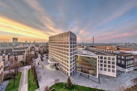 """Neu im Portfolio der HanseMerkur Grundvermögen AG: der """"Campus am Kunstpalast"""" in Düsseldorf"""