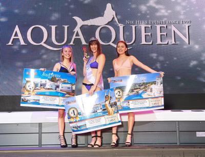 Strahlende Siegerinnen: Die drei Erstplatzierten Lea Wenger (von links) auf Platz drei, Aqua Queen Nais Wollenhaupt und die Zweitplatzierte Teresa Schalekamp wurden mit Traumreisen belohnt.
