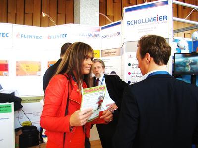 Die Consulthies-Kino-Gruppe bei der Flintec IT. Anja und Meinhold (i.Hg.) Thies wünschen eine zusätzliche Funktion: Vorverkauf und Kauf von Tickets