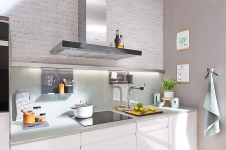 Glasrückwände in der Lieblingsfarbe bietet SPRINZ frei nach dem RAL-CLASSIC Farbfächer.