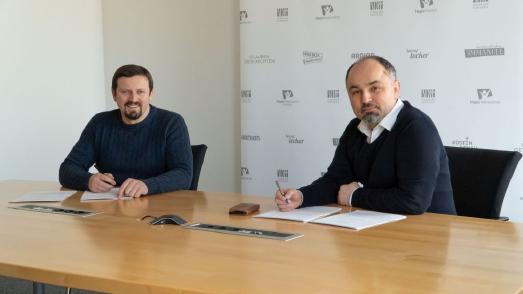 Paulin Giurgi (Vorstand Kommunikation und Marketing, Hope Media Europe e.V.) (v.l.) und Klaus Popa (Vorstandsvorsitzender Hope Media Europe e.V.) | Foto: Gerald Weigend