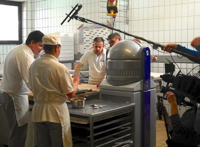 Action in der Backstube: Zwei ZDF-Teams drehten in der Wurmlinger Bäckerei