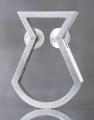 Zentrales Stück der Förderturmkollektion von Kirstin Jankowski ist ein Ring, der vom Förderturm der Zeche Zollverein inspiriert wurde / Foto: Markus Milde