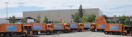Acht Fahrzeuge der Technischen Betriebsdienste Reutlingen sind in der Stadt mit Motiven der Imagekampagne unterwegs