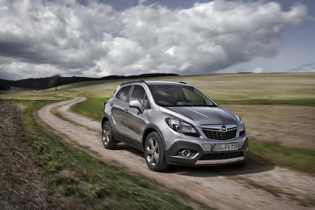 Bestseller mit Allrad: Der Opel Mokka belegte im August Platz eins im SUV-Segment des Kraftfahrt-Bundeamtes (KBA)