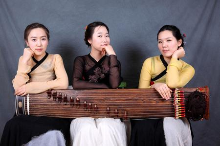 Beim Konzert in der FH-Aula werden die Musikerinnen traditionelle koreanische Instrumente vorstellen