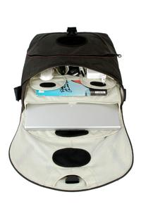 Protective laptop compartment with removable padded laptop pouch