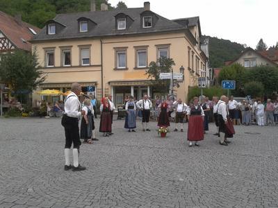 "Volksmusikspektakel ""Singa, Spilln, Tanzn"" (Nutzungsrecht GJ)"