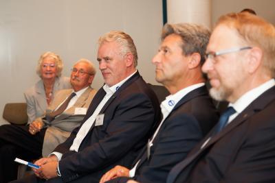 BU: Von der Kür zur Pflicht: Dortmund erhält weiteres Leuchtturmprojekt am viel umworbenen Gesundheitsstandort. (Im Bild: Klaus-Jürgen Lotz (Vorsitzender des Bundesinnungsverband für Orthopädie-Technik), Olaf Kelz (Vorsitzender BUFA e.V.), Stefan Bieringer (Direktor BUFA)