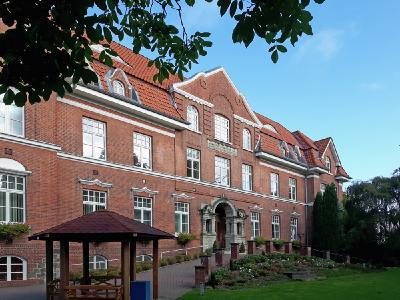 Das ehemalige Krankhaus dient heute dem Kreisjugendring Pinneberg als Seminar- und Gästehaus.