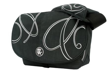 Pretty Bella 5500, Fits SLRs with 2-3 extra lenses,external flash and accessories,32 x 21 x 15,RRP: 80,-- Euro