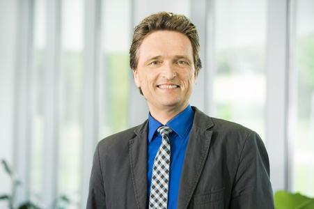 Prof. Dr. Andreas Bertram