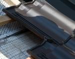 Mit Sturmklammern werden Dachziegel und Dachpfannen zuverlässig vor dem Windsog gesichert.