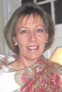 """Dr. med. Angela Krogmann hat soeben ihr Ratgeber-Buch """"Wechseljahre – ja natürlich!"""" veröffentlicht."""