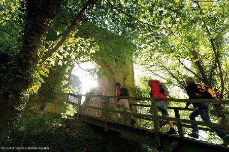 """Tag des offenen Denkmals in Bad Berneck: """"Burgensanierung im Wandel der Zeiten"""""""