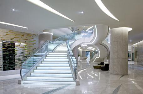 Das Rocco Forte Hotel Abu Dhabi ist ein architektonisches Highlight des Emirats / © Rocco Forte Hotels