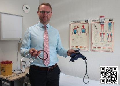 """""""Jetzt die Chancen ergreifen!"""", fordert Gesundheitsdezernent Dr. Jens Mischak die jungen Medizinerinnen und Mediziner der Region auf / Foto: Vogelsbergkreis/C.Lips"""