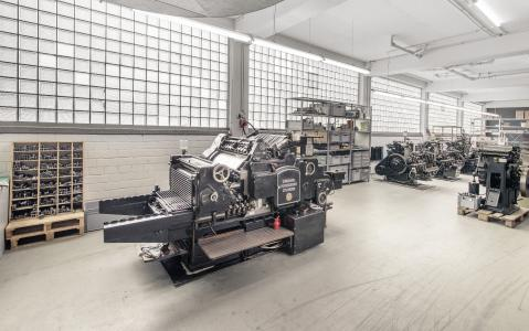 Machinery of Letterpresso letterpress online print shop / Photo: Letterpresso