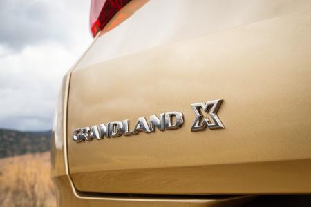 Abenteuer und Freiheit: Das weckt der Opel Grandland X. Dazu passt der neue Spitzendiesel mit 130 kW/177 PS und 400 Newtonmeter maximalem Drehmoment perfekt