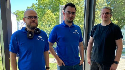 v. li.: Kristian Keil (Vizepräsident), Tobias Hack (Präsident) und Xaver-M. Russ (Vizepräsident) sind das neue Führungsteam des Studierendenparlaments. Foto / Jan Herden