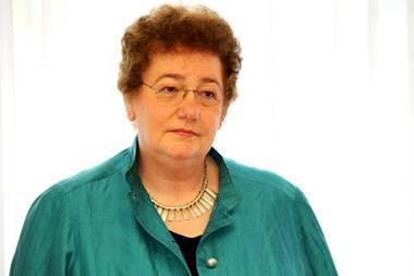 Prof. Margarete Reinhart mit goldener Ehrennadel des DBfK ausgezeichnet, © ThHF)