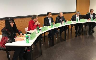 Marianne Streiff, Andreas Kyriacou, Marc Jost, Heiner Bielefeldt, Eric Nussbaumer, Gerhard Pfister (v.l.) © Foto: Herbert Bodenmann/APD Schweiz