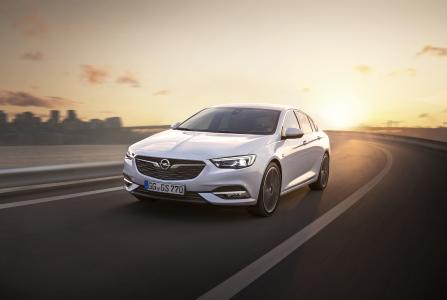 Next generation: The new Opel Insignia Grand Sport is also available with the full LED lighting technology but with 32 individual LED segments, 16 in each headlight