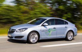 Opel und DRIVE C2X: Mit dem auf europäischer Ebene angesiedelten Projekt hat Opel gemeinsam mit 46 Konsortialpartnern dreieinhalb Jahre lang Funktionalität, Alltagstauglichkeit und Wirksamkeit von Car2X-Kommunikation unter realen Bedingungen erprobt