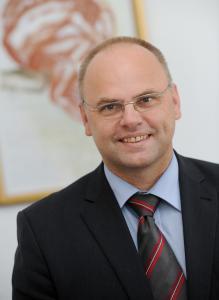 Prof. Dr. med. Bernd Tomandl, Chefarzt der Klinik für Radiologie und Neuroradiologie, Klinikum Christophsbad in Göppingen