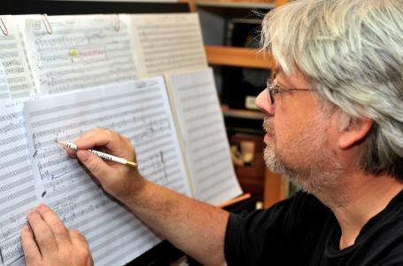 """Rolf Rudin - einer der """"bedeutendsten Komponisten für Blasorchester in Europa"""", wie die British Association of Symphonic Bands and Wind Ensemble urteilte."""