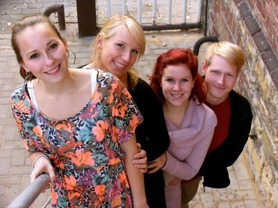 v.l.n.r. Elena Otten, Hannah Noack, Rebecca Soumagné, Tobias Rechtien (Studierende des Profils Musical an der Hochschule Osnabrück)