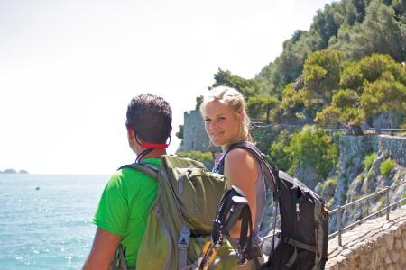 Trekker unterwegs auf dem Amalfi-Panoramaweg