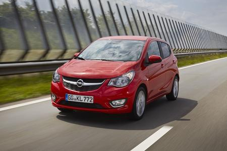 Gut, günstig und jetzt auch top-vernetzt: Ab sofort ist der Opel KARL mit dem hochmodernen, Smartphone-kompatiblem IntelliLink-System und Opel OnStar erhältlich