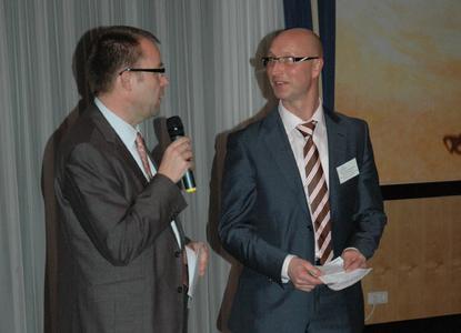 2013 02 28 HWM Tagung1Die Studiengangsleiter Prof. Dr. Frank Ziegele und Prof. Dr. Hans Vossensteyn begrüßten die Teilnehmerinnen und Teilnehmer des 10. Osnabrücker Kolloquiums zum Hochschul- und Wissenschaftsmanagement.