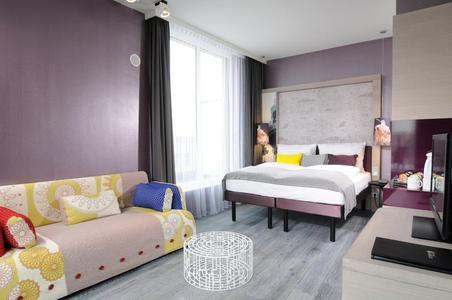 MF Indigo alexanderpl room1023a PR
