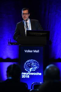 Prof. Dr. med. Volker Mall, Tagungspräsident der Gesellschaft für Neuropädiatrie Ärztlicher Direktor und Lehrstuhlinhaber für Sozialpädiatrie am kbo Kinderzentrum München GmbH, konnte einen Durchbruch in der Neuropädiatrie verkünden. (c) DGN/Pflug