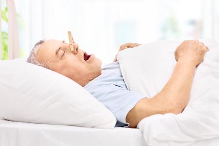 Schnarchen stört nicht nur - es birgt auch gesundheitliche Risiken
