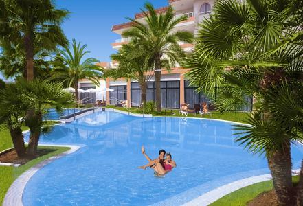 : Das Hotel Illot Park in Cala Ratjada auf Mallorca ist das zehnte allsun hotel auf der Insel. allsun hotels gehören zur alltours Unternehmensgruppe. Foto: allsun