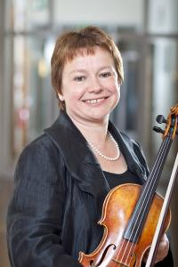 Prof. Anne-Kathrin Lindig  / Foto: Alexander Burzik