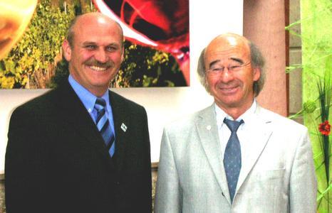 Vorstandsvorsitzender Ulrich Lutz (links) und Georg Lutz