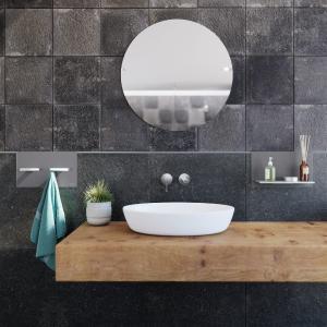 Die Kombination aus Profilen und Accessoires ermöglicht die flexible und funktionale Gestaltung von Badezimmern