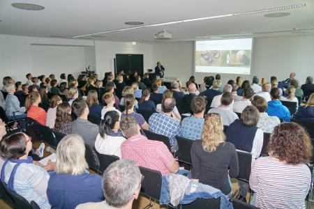 Es herrschte großer Andrang bei den Vorträgen.